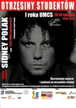 Jarek Polak w muzyce jest już od 15 lat, jednak większości fanów polskiej muzyki rockowej znany jest jako perkusista T. Love. Jako Sidney Polak pojawił się ... - polak_sidneygtgg
